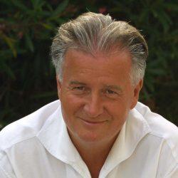 Dr. Helmut Fuchs