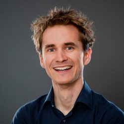 Keynote Speaker Henning Beck